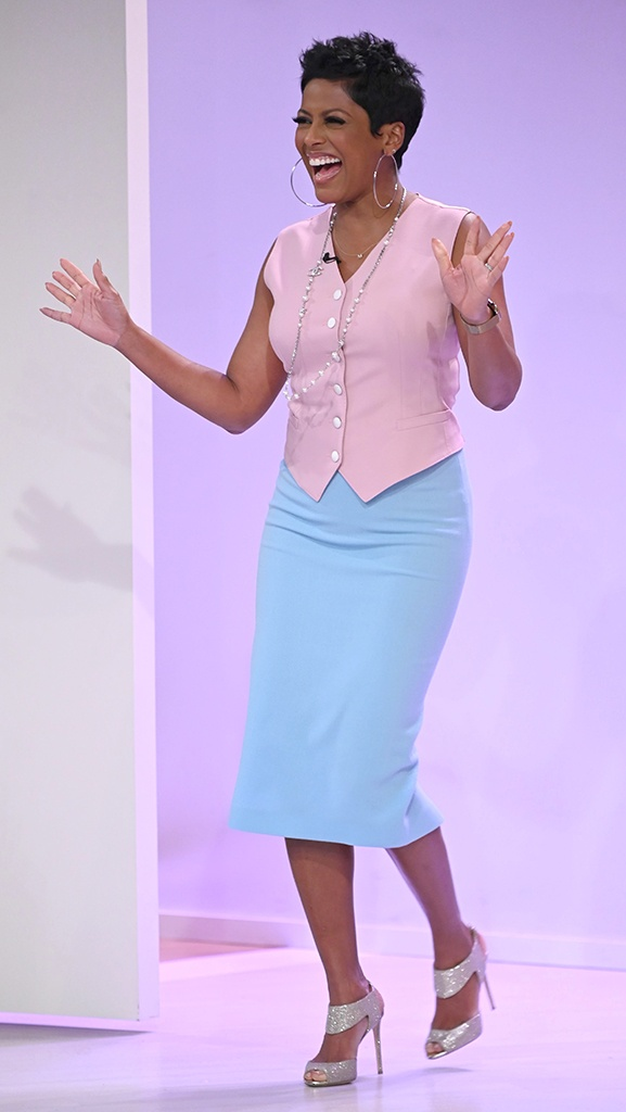 Vest by Dolce & Gabbana // Skirt by Roland Mouret // Shoes by Nicolas Kirkwood // Necklace by Chanel